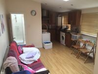 Nice 1 bedroom flat to rent in isleworth / Twickenham TW7 area