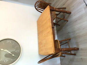 Solid wood kitchen table with 3 chairs