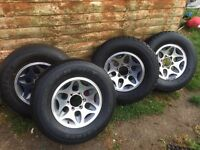 Mitsubishi L200 warrior alloys and tyres / 265 70R16
