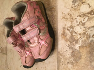Geox little girl's running shoes