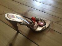 Ladies sandle (uk 5, euro 38.5)
