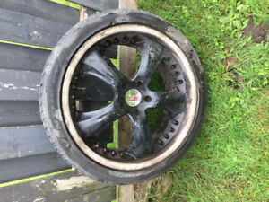 SET OF TIRES WITH RIΜS FOR SALE
