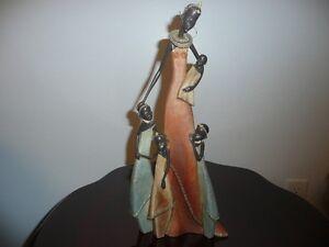 Sculpture Africaine, Mère et enfants.