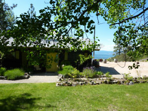 2 bedrm lakeview rental cottage in Naramata avail July28-Aug 4