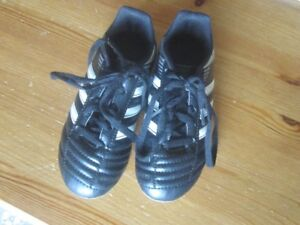 Size 11T Adidas Soccer shoes