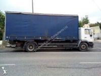 Left hand drive MAN 18.264 18 ton curtainsider with tail lift. Detachable body.