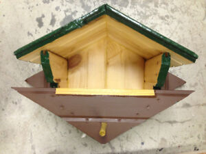 Bird Houses and Nesting Boxes