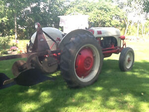 1952 Ford 8N tractor and plow Kawartha Lakes Peterborough Area image 1