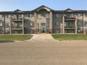 2 bedroom, 2 bathroom condo for RENT in Tofield - Available NOW!