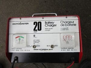 20   AMP.  MOTOMASTER   BATTERY   CHARGER