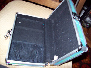 Metal case for your Nintendo or other video games London Ontario image 2