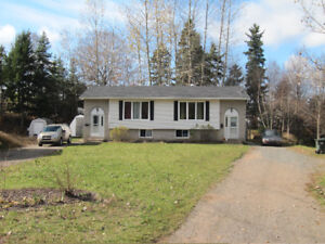 3 Bedroom Side by Side in New Minas