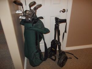 FULL SET OF GOLF CLUBS INCLUDING BAG AND CART