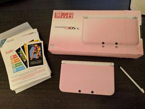 Nintendo 3DS XL + chargeur + écran protecteur
