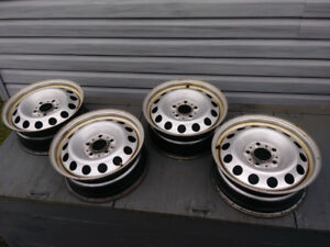 "Set of 4 16"" rims 5x120 off a 2012 Mini Countryman"