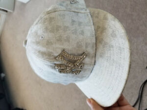 White new era 59fifty fitted NY hat for women