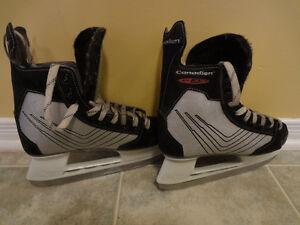Canadien C45 hockey skates size 5