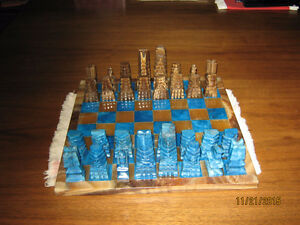 Mayan inspired Pure Marble Chess Set (NEW)