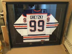 Signed Classic CCM Oiler Jersey by Wayne Gretzy