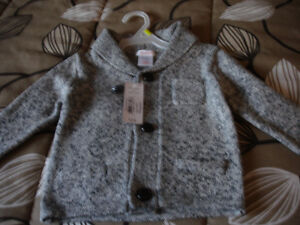 BEAUTIFUL GREY CARDIGAN TAGS ATTACHED SIZE1 SMOKE& PET FREE HOM