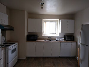 5 Room Condo Available for Student Rental ALL utilities included London Ontario image 8