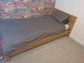 IKEA malm bed frame No Matress