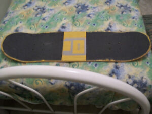 QUASI PRO SKATEBOARD DECK FOR SALE,GREAT POP & SOLID WOOD