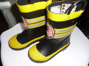 size 7 rain boots for toddler boy