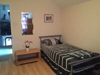 A big semi double room for rent/ looking for a friendly housemate/available from 28/07/16