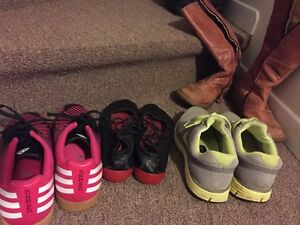 Shoes/sneakers/boots