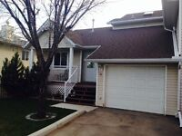 Townhouse 3 bed/bathroom available for rent June1st in Airdrie