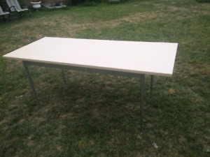 29 x 70 table