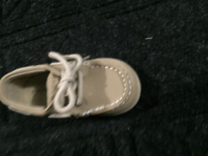 Baby Sperry shoes size 4