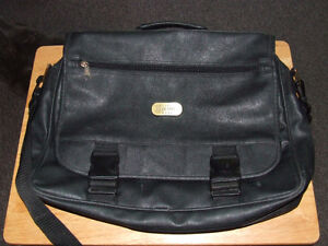 Classic Hercules Gear Leather Messanger Bag - $20.00