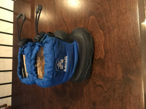 Boys Size 5 Warm Baby Boots