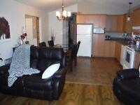 ST-HONORÉ : maison mobile 2006, extrêmement propre, GARAGE 16x30