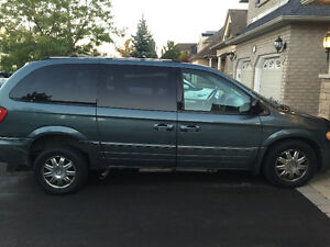 2005 Chrysler Town & Country Minivan Wheelchair Accessible Van