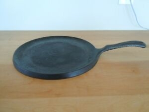 "Cast iron fry pan  Pancake griddle 10.25"" Wagner's 1891 original"
