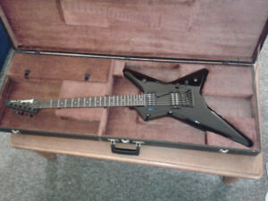Ibanez DT250 with Dimebucker and JB pickups + case