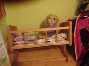 wooden doll crib for sale Windsor Region Ontario image 1