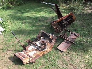 CRAFTSMAN LAWN TRACTOR IMPLEMENTS