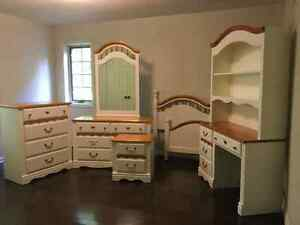 Child/Youth Bedroom Suite