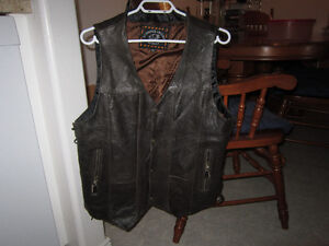 Men's Size 44 MILWAUKEE LEATHER Vest For Sale