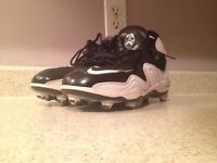 Nike Football Cleats Size 91/2