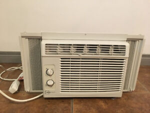 Mainstays AC Window Unit For Sale