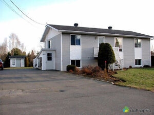 Duplex à vendre, Saint-Boniface