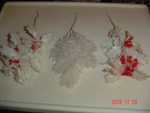 ASSORTMENT OF LARGER SEASONAL CRAFT ACCENTS & DECORATING SPIKES Windsor Region Ontario image 2