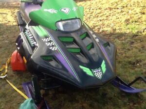 Arctic cat 700 snow mobile