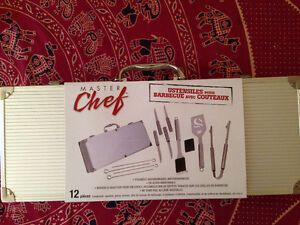 Ustensiles barbecue avec couteaux / bbq tools set with knives