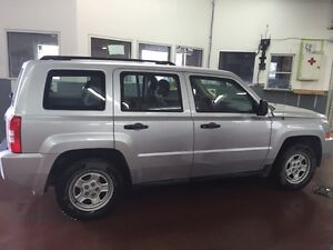 2010 Jeep Patriot Sport *REMOTE START, MANUAL, A/C*